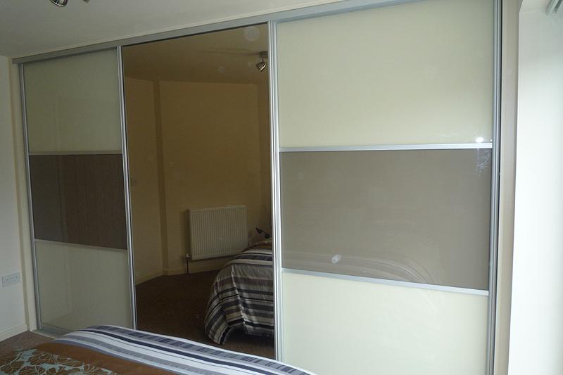 Closet door solutions closet door solution my bhg home for Different sliding doors